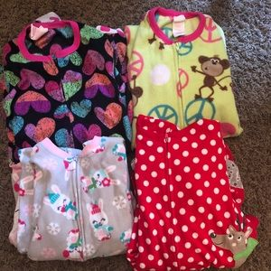Girls medium feet pajamas. Hardly worn.